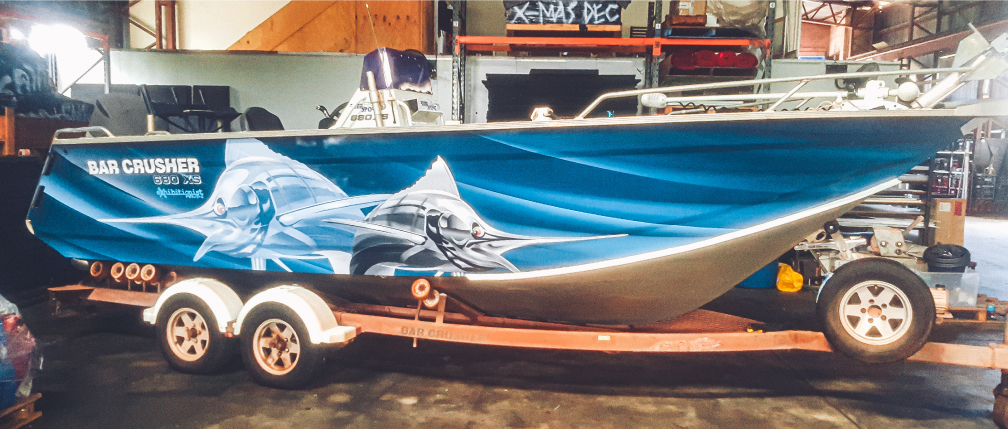 custom boat wrappers